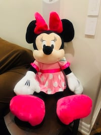 Brand new minnie mouse jumbo plush - $80 Brampton, L6X 0L6
