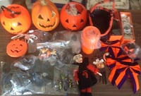 Halloween decorations and lots of items for decorating 3 photos of all items in the lot Utica