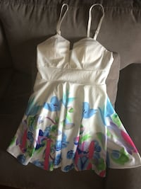 Never Worn: Tags On - floral dress with spaghetti straps Toronto, M1B