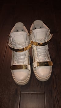 Giuseppe shoes white and gold  Ajax, L1Z 0K9