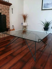 Glass table with Black Iron base Newport News, 23608