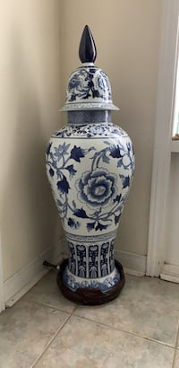 Pair of Large Blue and White Vases Toronto, M4B 3P4