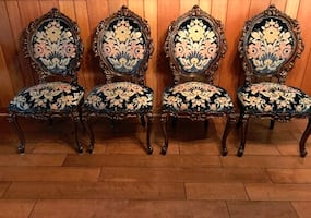 Set of four Antique Queen Anne Chairs