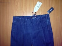 Women's blue denim jeans  Calgary, T3E