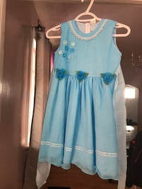 toddler's blue and white floral sleeveless dress Clarence-Rockland, K0A