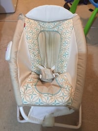 Fisher price deluxe play and rock sleeper