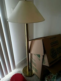 Gold floor lamp Woodbridge, 22192