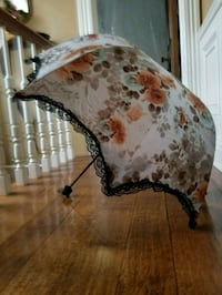 Vintage Style Parasol Blue Point, 11715