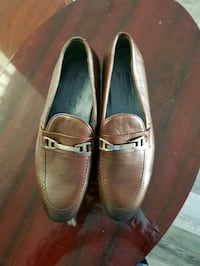 pair of brown leather shoes Calgary, T2P 2T1