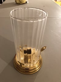 Vintage PartyLite brass/glass candle holder with hurricane. Newark, 19702
