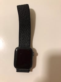 Apple Watch Nike 44mm with loop wrist band