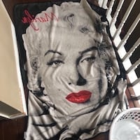 Marilyn Monroe throw blanket  Mississauga, L5M