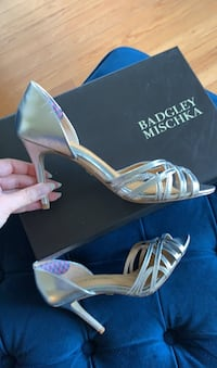 Size 5.5 - Badgley Mischka sandals - never worn  Washington, 20009