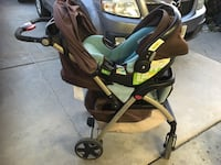 Baby stroller and car seat (blue) Toronto, M6N 1A7