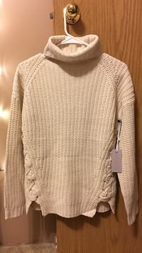 Brand New Womens Sweater Surrey, V3W 3X5