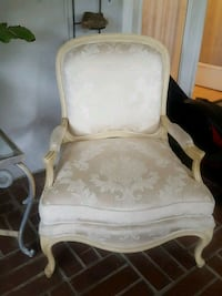 white French Provential chair 2339 mi