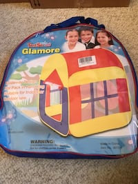 Portable pop up play tent for indoor and outdoor Virginia Beach, 23452
