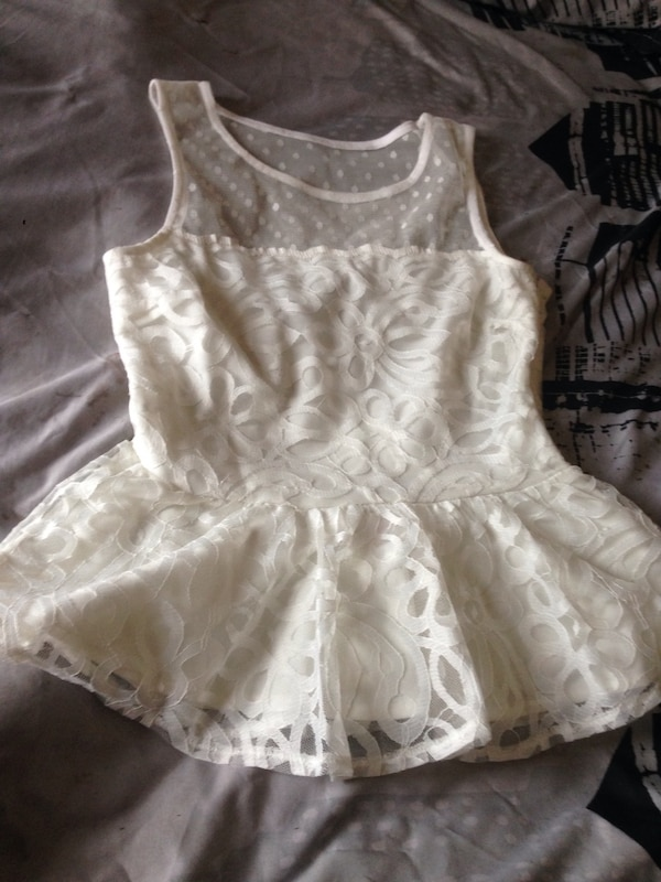 7847aedded8 Used White size 10 lipsy top for sale in Nottingham - letgo