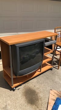 TV Stand Brentwood, 94513