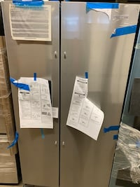 Whirlpool 28 cu. ft. Side by Side Refrigerator in Stainless Steel
