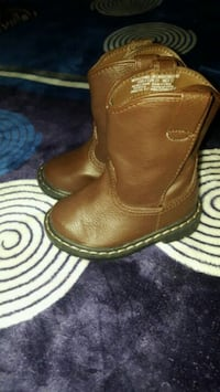 pair of brown leather boots Belton, 76513