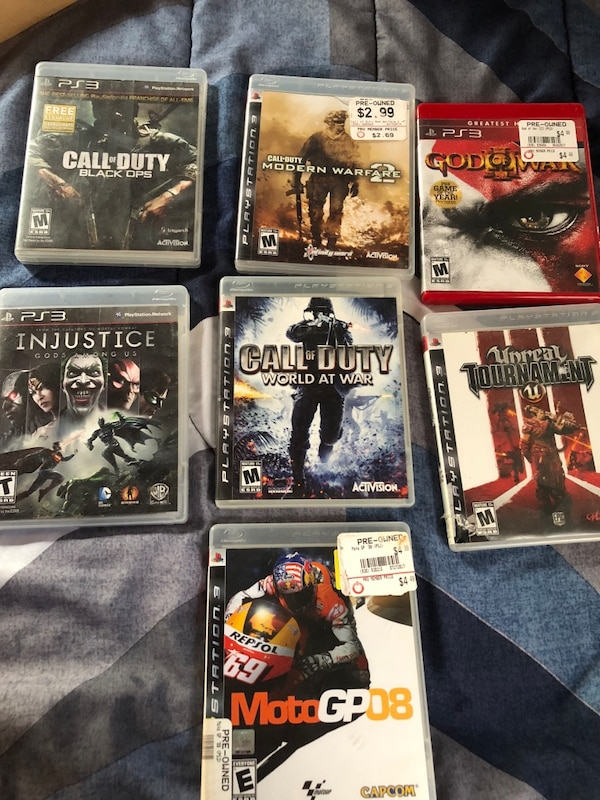 Play station 3 500gb, good condition in box + games 5$ each f64952de-7879-44a3-9f17-c870aa08319c