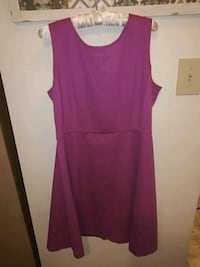 2 dresses. Calvin Klein and 212. Size XL Lehigh County