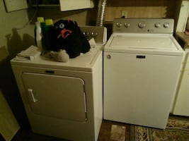 Maytag washer and dryer brand new used for like a month