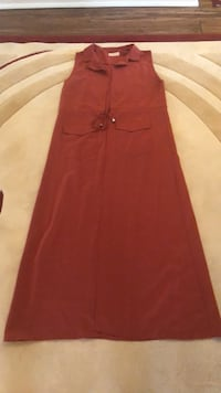 women's red sleeveless dress King, L3Y 4V9