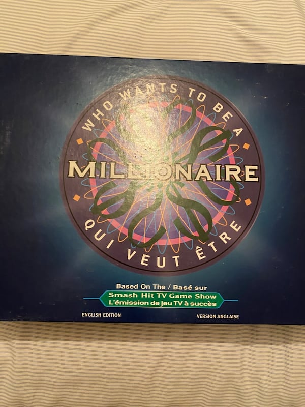 Who Wants to be a Millionaire Board Game 850a843b-e226-413f-8f63-76b249c333af