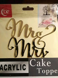 Mr & mrs brand new wedding cake Laval, H7H 2V4