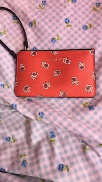 Red floral coach leather wristlet  Manchester, 03103