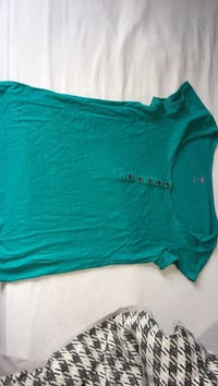 Tee shirt a bouton Taille S Bouillargues, 30230