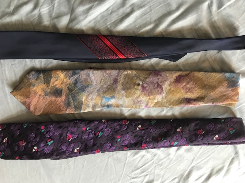 Set of ties 1