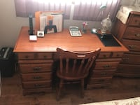 Oak Desk and Chair!!