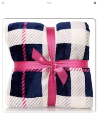 Bath and Body Works Blue and Plaid Fall Festival Blanket/Throw