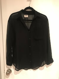 Shear black button-up long-sleeved shirt size XS Barrie, L4M 2A2