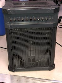 black and gray guitar amplifier New York, 10028
