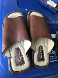 Leather sandals, size 10, new Surrey, V3S 0L3