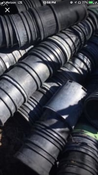 Plant pots 1gal (100 for $25)  Highland, 92346