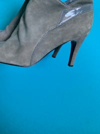 OLIVE GREEN HEEL BOOTIES