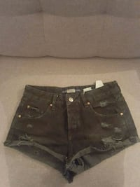 Short taille 34 pull and bear Rennes
