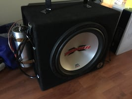 car mtx amp and 12inch mtx thunder sub