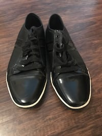 Black Leather Kenneth Cole Casual Sneakers Size 9.5 1209 mi