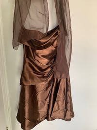 Gold/brown formal dress  Waterloo, N2T 1Z9