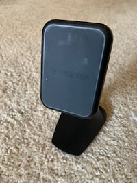 Mophie Charge Force QI Wireless Charger Desk Mount Alexandria, 22310