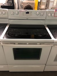 Whirlpool electric stove 4 months warranty Baltimore, 21223