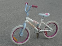 """GIRLS 16"""" SNOW WHITE BIKE QUICK SALE $30.00 ALL READY TO GO! Mississauga"""