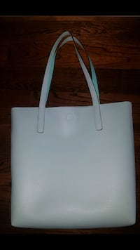 Lovely Carry Bag with magnetic closure  Toronto, M3B 3N9