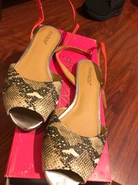 Snake skin coral wrap around ankle strap. 7.5 size worn once Bellflower, 90706